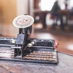 keyboard-old-antique-typewriter